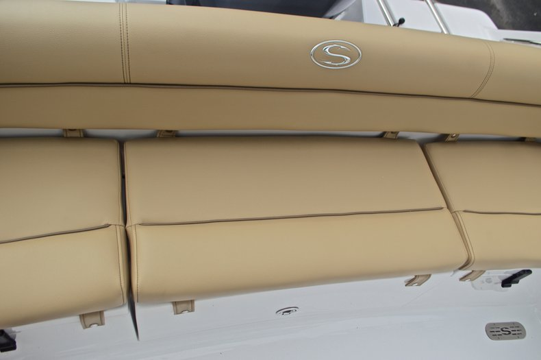 Thumbnail 14 for New 2017 Sportsman Heritage 211 Center Console boat for sale in West Palm Beach, FL
