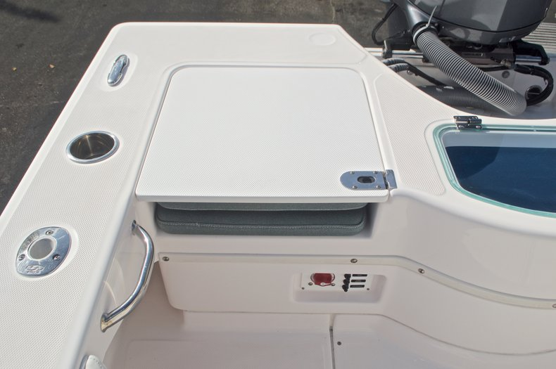 Image 15 for 2014 Everglades 243 Center Console in West Palm Beach, FL