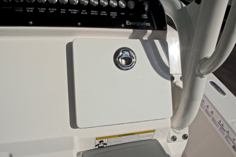 Image 34 for 2014 Everglades 243 Center Console in West Palm Beach, FL