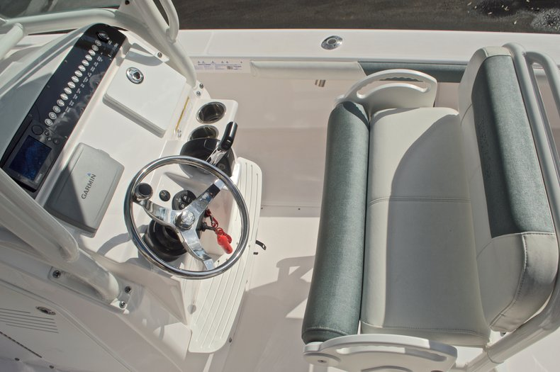 Image 27 for 2014 Everglades 243 Center Console in West Palm Beach, FL