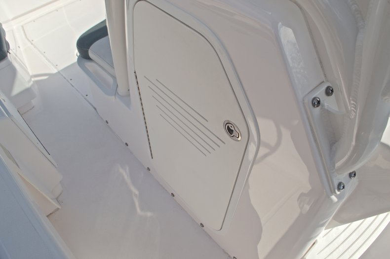 Thumbnail 43 for Used 2014 Everglades 243 Center Console boat for sale in West Palm Beach, FL
