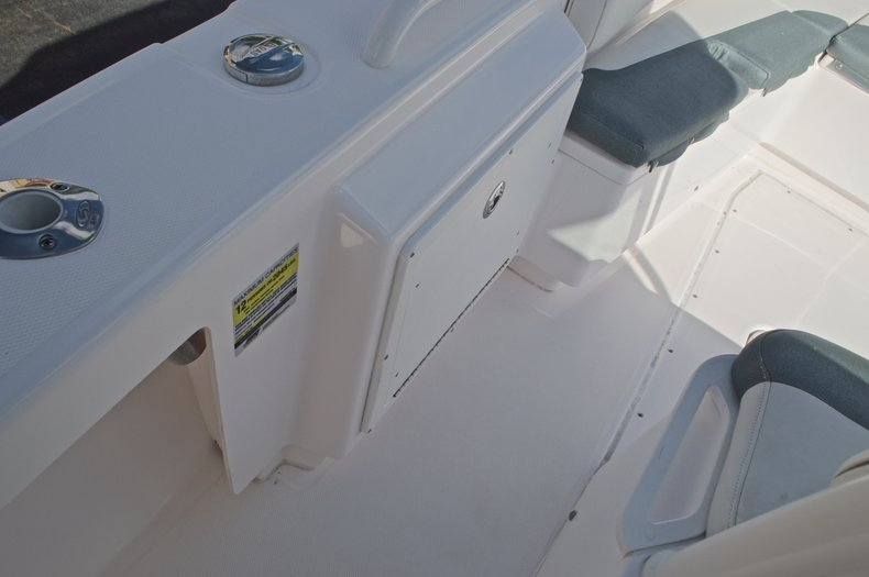 Image 46 for 2014 Everglades 243 Center Console in West Palm Beach, FL