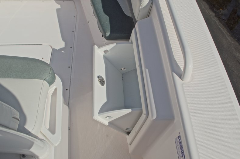 Thumbnail 49 for Used 2014 Everglades 243 Center Console boat for sale in West Palm Beach, FL