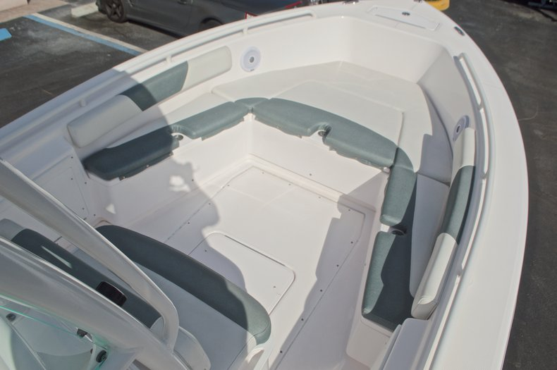 Image 50 for 2014 Everglades 243 Center Console in West Palm Beach, FL