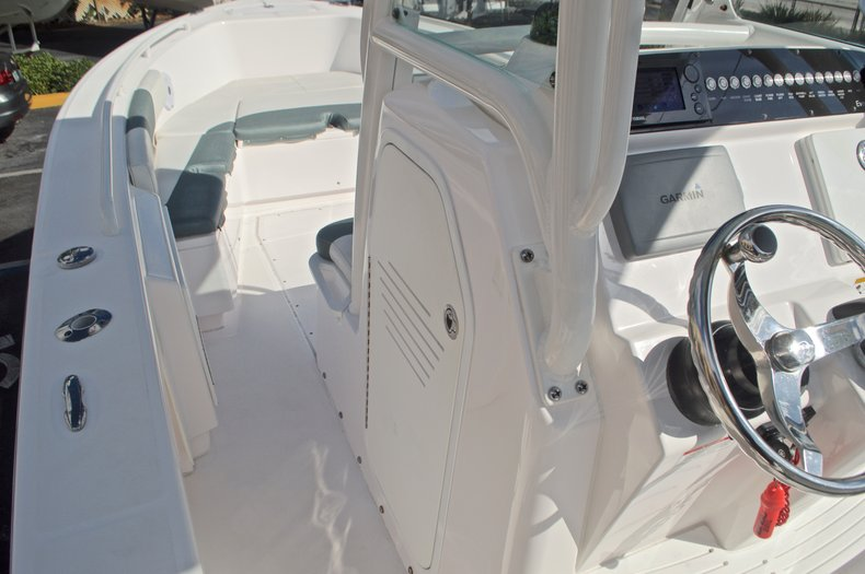Image 42 for 2014 Everglades 243 Center Console in West Palm Beach, FL