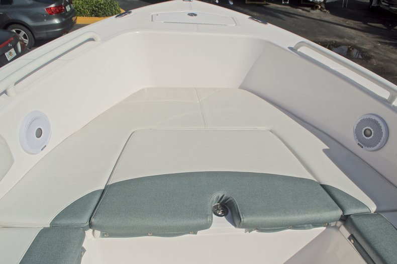 Image 56 for 2014 Everglades 243 Center Console in West Palm Beach, FL