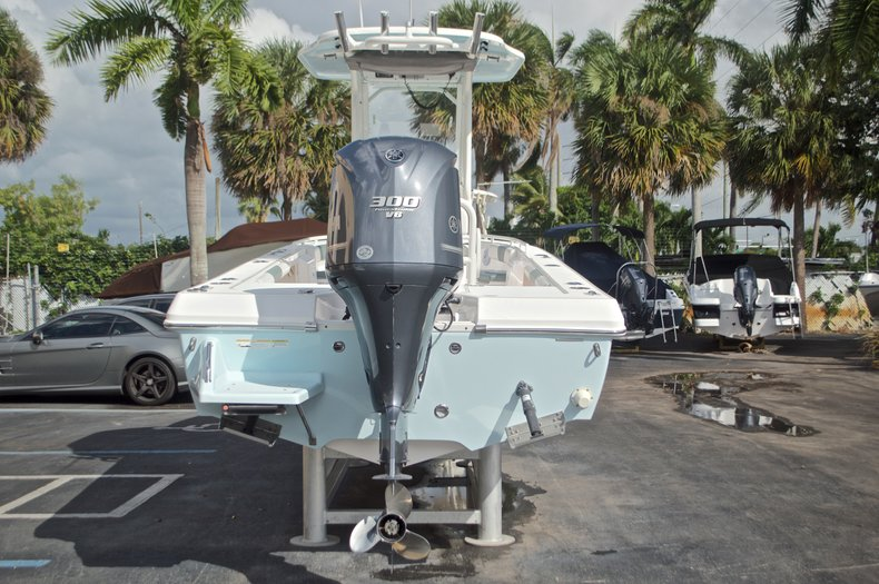 Image 8 for 2014 Everglades 243 Center Console in West Palm Beach, FL