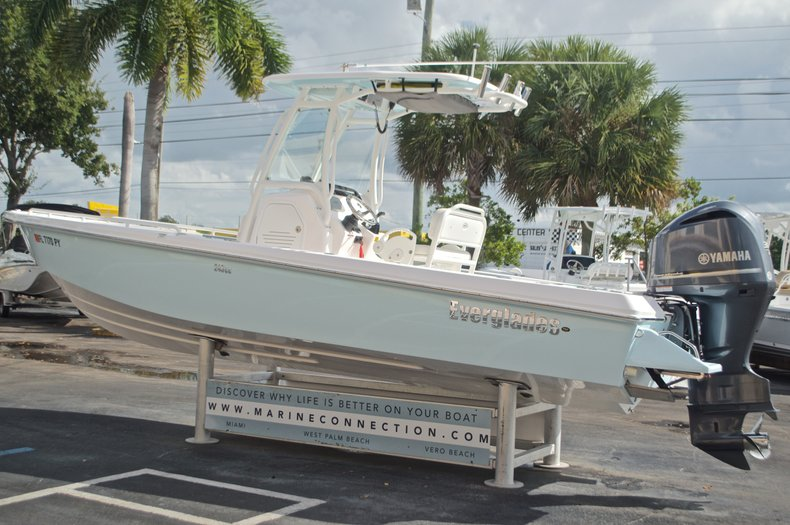 Image 6 for 2014 Everglades 243 Center Console in West Palm Beach, FL