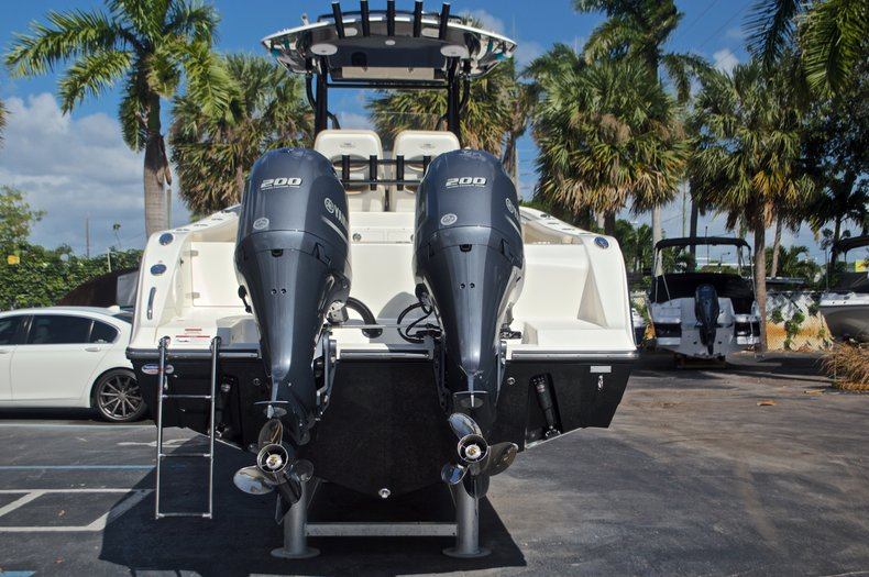 Thumbnail 8 for New 2017 Cobia 277 Center Console boat for sale in West Palm Beach, FL