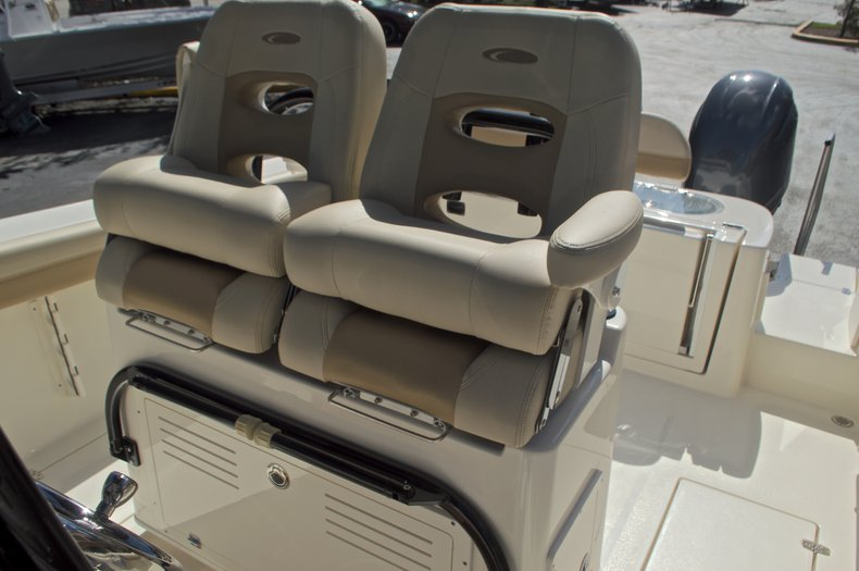 Thumbnail 28 for New 2017 Cobia 277 Center Console boat for sale in West Palm Beach, FL