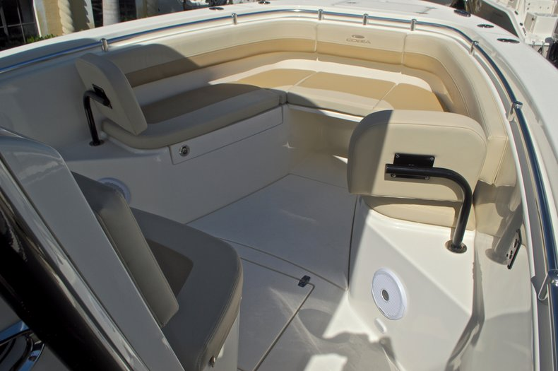 Thumbnail 43 for New 2017 Cobia 277 Center Console boat for sale in West Palm Beach, FL