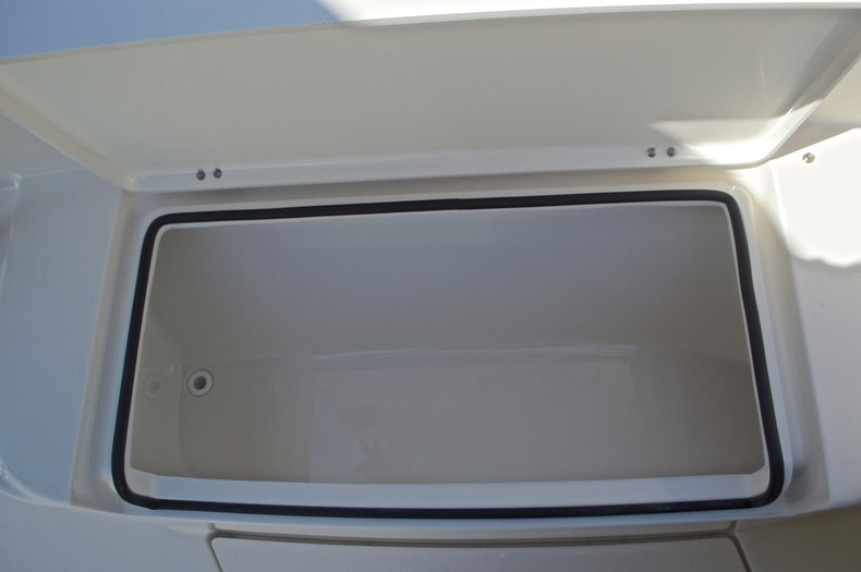 Thumbnail 51 for New 2017 Cobia 277 Center Console boat for sale in West Palm Beach, FL