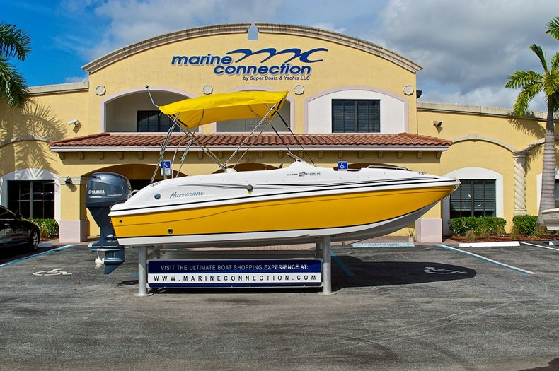 Photo for 2013 Hurricane SunDeck Sport SS 188 OB