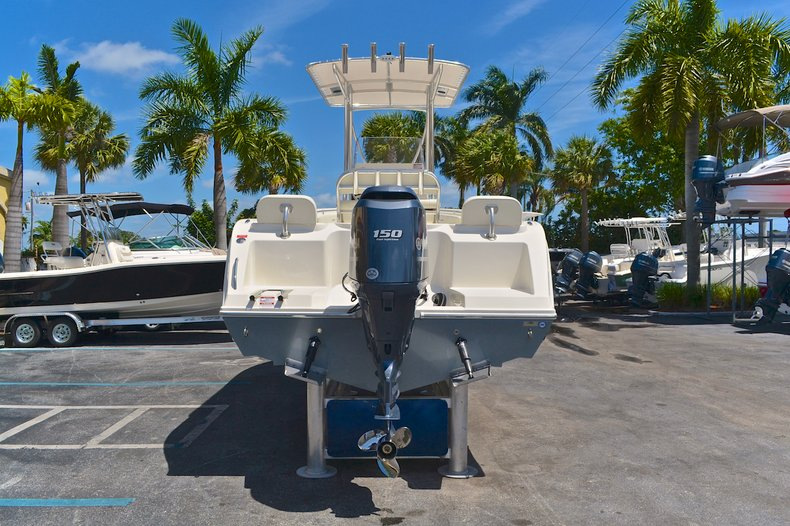 Thumbnail 7 for New 2013 Cobia 217 Center Console boat for sale in West Palm Beach, FL