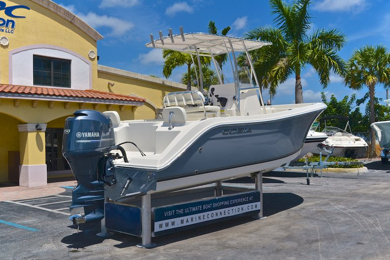 Thumbnail 8 for New 2013 Cobia 217 Center Console boat for sale in West Palm Beach, FL