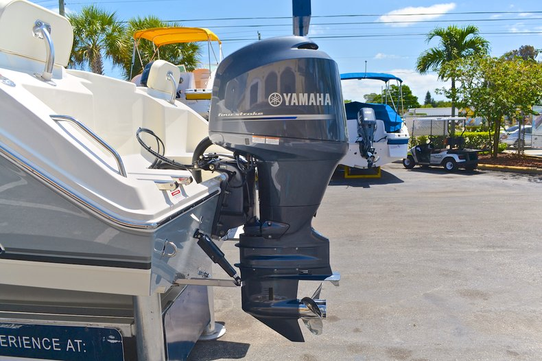 Thumbnail 12 for New 2013 Cobia 217 Center Console boat for sale in West Palm Beach, FL