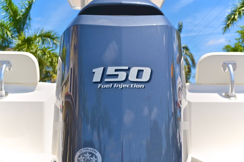 Thumbnail 13 for New 2013 Cobia 217 Center Console boat for sale in West Palm Beach, FL