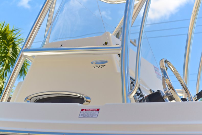Thumbnail 19 for New 2013 Cobia 217 Center Console boat for sale in West Palm Beach, FL