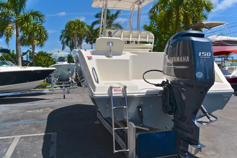 Thumbnail 21 for New 2013 Cobia 217 Center Console boat for sale in West Palm Beach, FL
