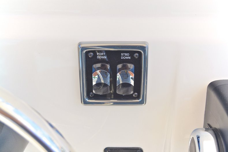 Thumbnail 49 for New 2013 Cobia 217 Center Console boat for sale in West Palm Beach, FL