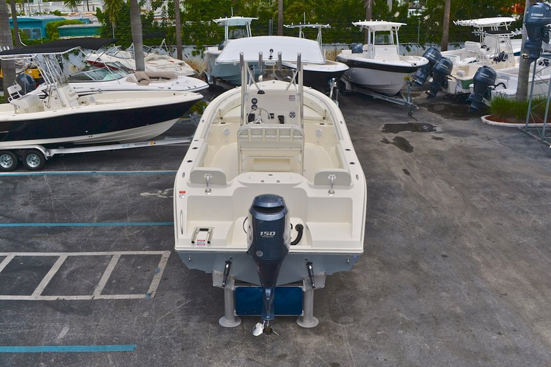 Thumbnail 85 for New 2013 Cobia 217 Center Console boat for sale in West Palm Beach, FL