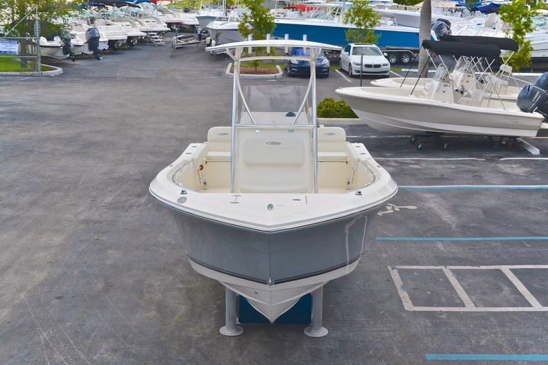 Thumbnail 89 for New 2013 Cobia 217 Center Console boat for sale in West Palm Beach, FL