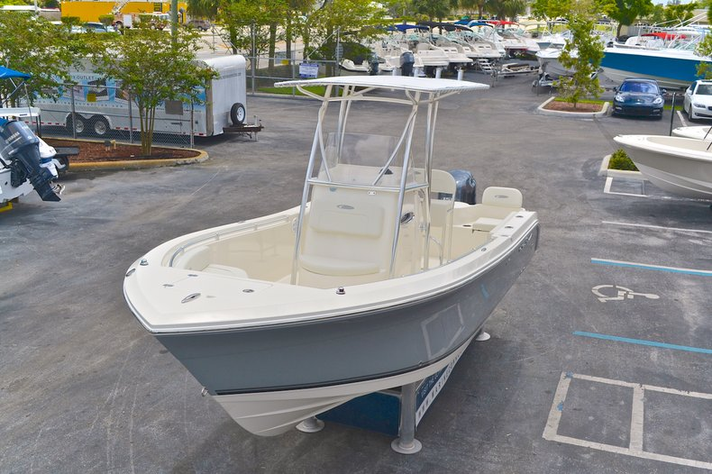 Thumbnail 90 for New 2013 Cobia 217 Center Console boat for sale in West Palm Beach, FL