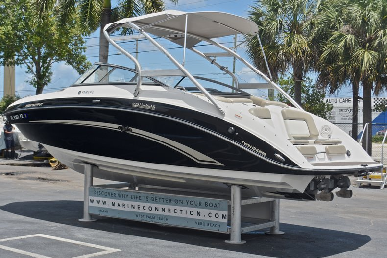 Used 2010 Yamaha 242 Limited S Boat For Sale In West Palm
