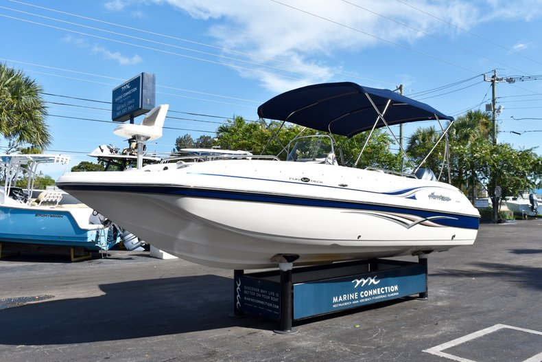 Thumbnail 3 for Used 2004 Hurricane GS211 FunDeck boat for sale in West Palm Beach, FL