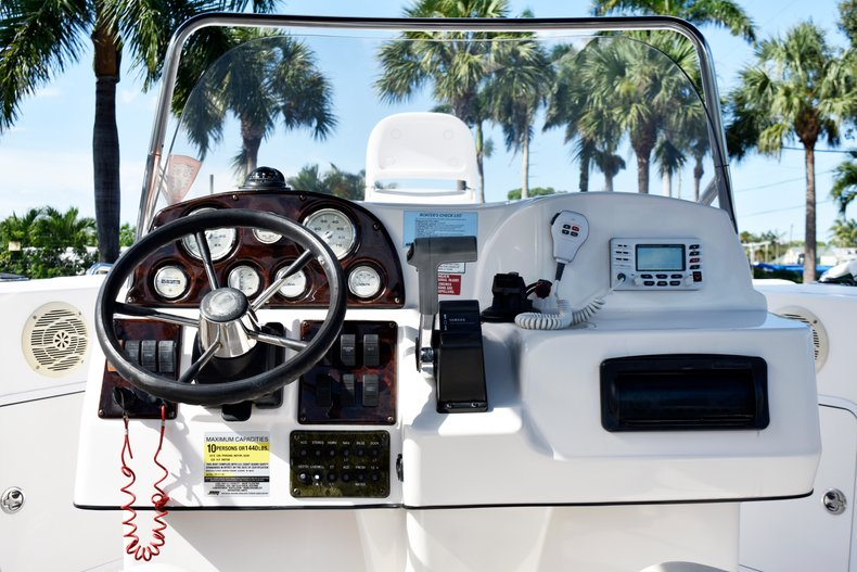 Thumbnail 28 for Used 2004 Hurricane GS211 FunDeck boat for sale in West Palm Beach, FL