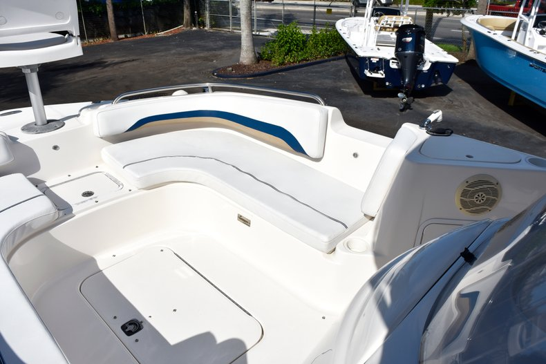 Thumbnail 61 for Used 2004 Hurricane GS211 FunDeck boat for sale in West Palm Beach, FL