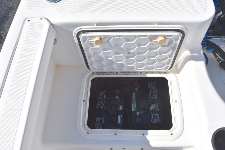 Thumbnail 12 for Used 2003 Pro-Line 20 WA Walkaround boat for sale in West Palm Beach, FL