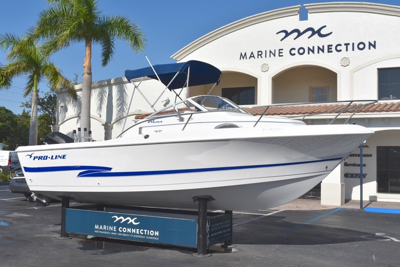 Thumbnail 1 for Used 2003 Pro-Line 20 WA Walkaround boat for sale in West Palm Beach, FL