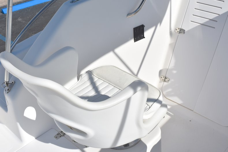 Thumbnail 22 for Used 2003 Pro-Line 20 WA Walkaround boat for sale in West Palm Beach, FL
