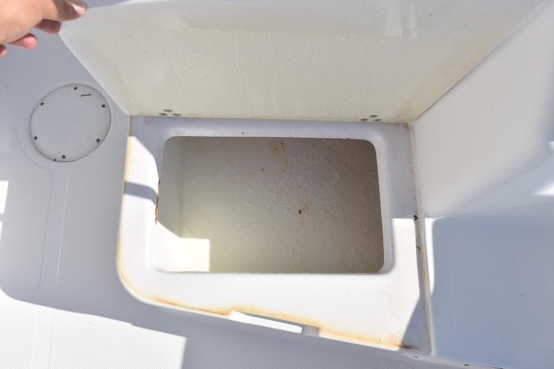 Thumbnail 21 for Used 2003 Pro-Line 20 WA Walkaround boat for sale in West Palm Beach, FL