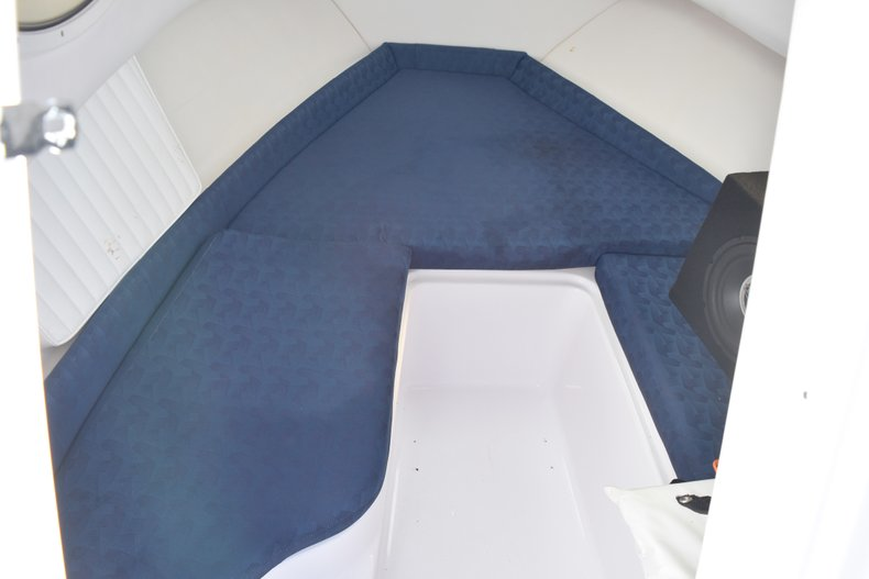 Thumbnail 37 for Used 2003 Pro-Line 20 WA Walkaround boat for sale in West Palm Beach, FL