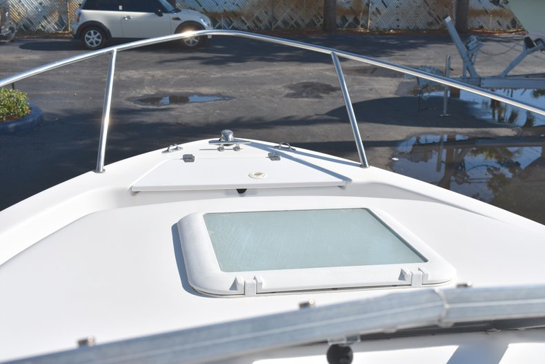 Thumbnail 40 for Used 2003 Pro-Line 20 WA Walkaround boat for sale in West Palm Beach, FL