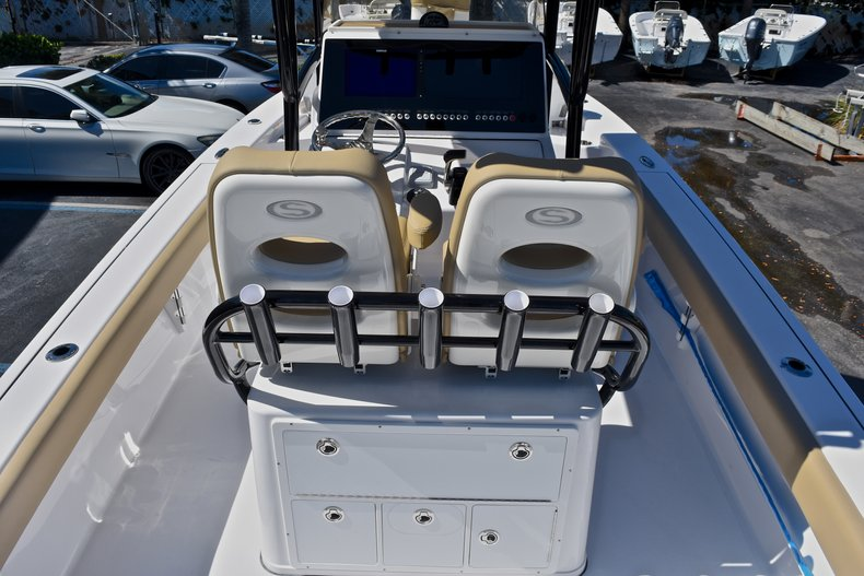 Thumbnail 12 for New 2018 Sportsman Masters 267 Bay Boat boat for sale in West Palm Beach, FL