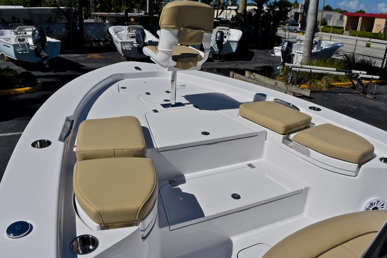 Thumbnail 54 for New 2018 Sportsman Masters 267 Bay Boat boat for sale in West Palm Beach, FL