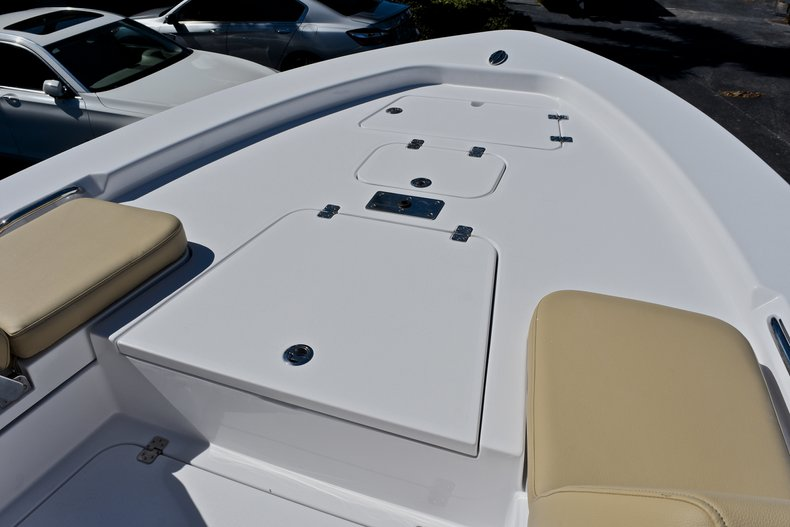 Thumbnail 67 for New 2018 Sportsman Masters 267 Bay Boat boat for sale in West Palm Beach, FL