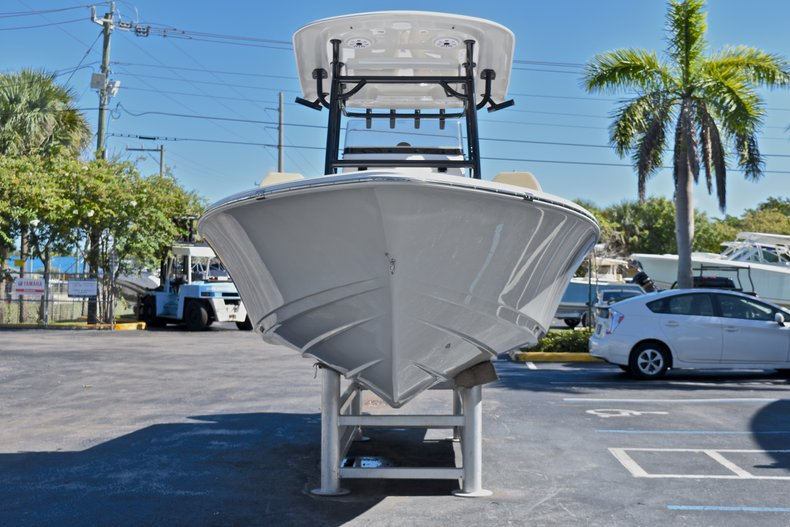 Thumbnail 2 for New 2018 Sportsman Masters 267 Bay Boat boat for sale in West Palm Beach, FL