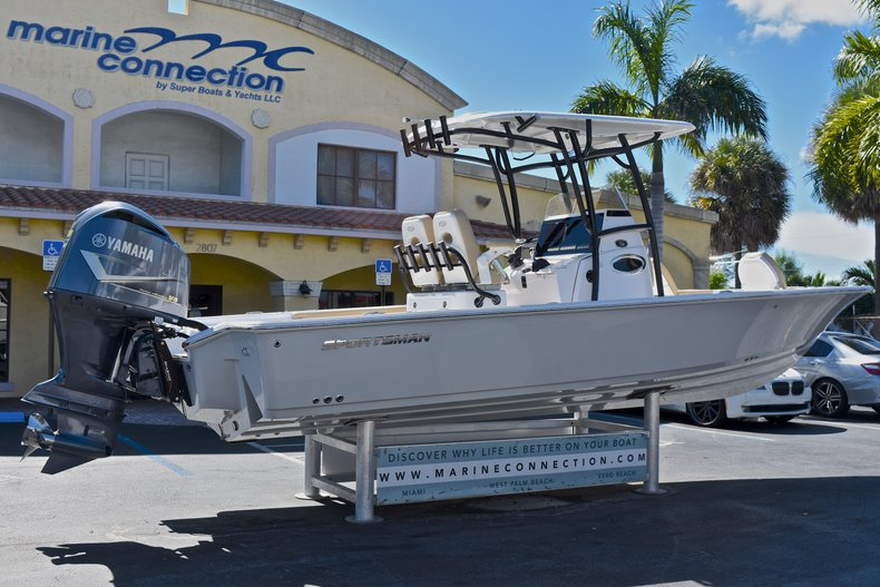 Thumbnail 9 for New 2018 Sportsman Masters 267 Bay Boat boat for sale in West Palm Beach, FL