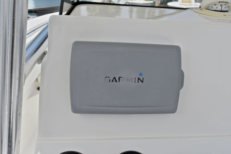 Thumbnail 28 for Used 2012 NauticStar 2500XS Offshore boat for sale in West Palm Beach, FL