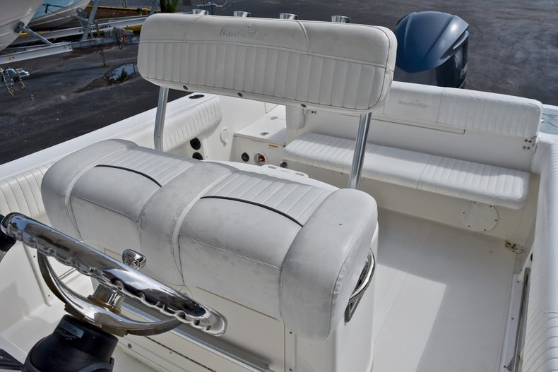 Thumbnail 23 for Used 2012 NauticStar 2500XS Offshore boat for sale in West Palm Beach, FL