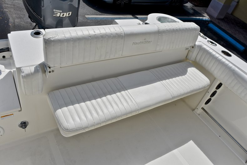 Thumbnail 19 for Used 2012 NauticStar 2500XS Offshore boat for sale in West Palm Beach, FL