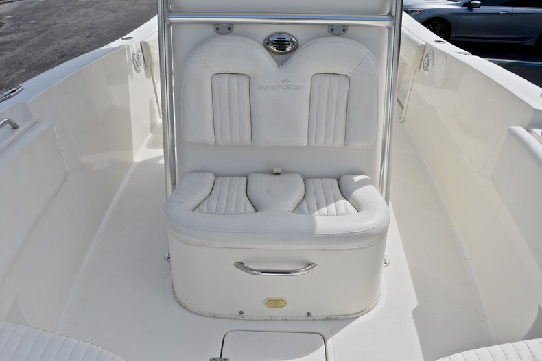 Thumbnail 41 for Used 2012 NauticStar 2500XS Offshore boat for sale in West Palm Beach, FL