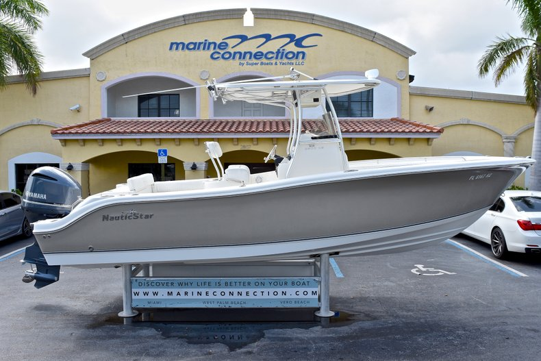 Used 2012 NauticStar 2500XS Offshore boat for sale in West Palm Beach, FL