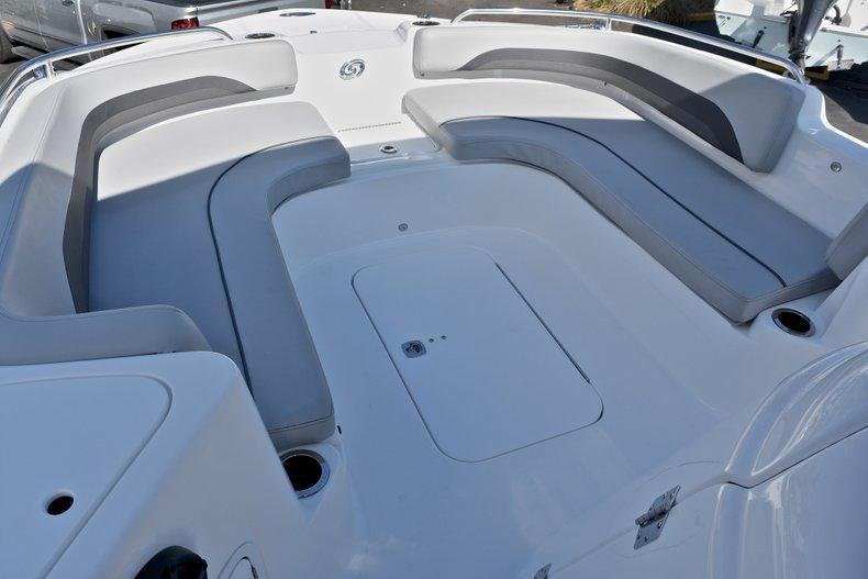 Thumbnail 45 for New 2018 Hurricane 211 SunDeck Sport OB boat for sale in Vero Beach, FL