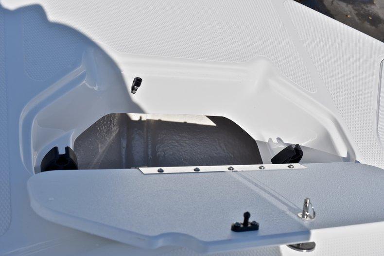 Thumbnail 56 for New 2018 Hurricane 211 SunDeck Sport OB boat for sale in Vero Beach, FL