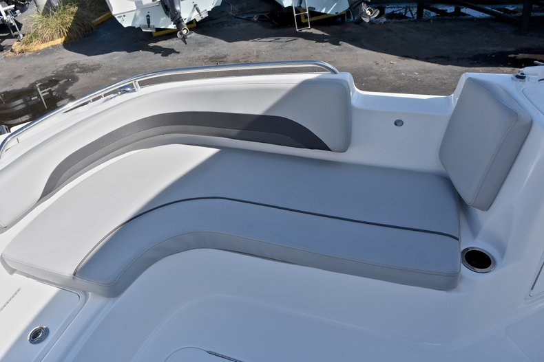 Thumbnail 51 for New 2018 Hurricane 211 SunDeck Sport OB boat for sale in Vero Beach, FL